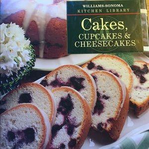 Williams Sonoma Cakes, Cupcakes, & cheesecakes